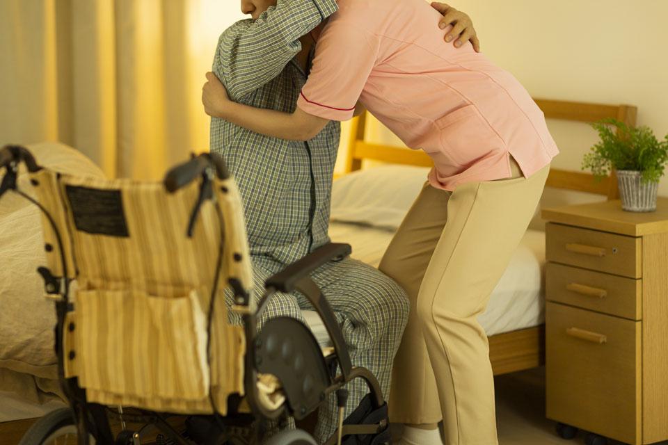 Services d'aide pour les seniors ou personnes âgées